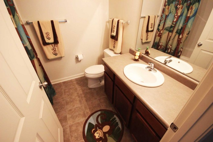 Meadow Park Villas Apartment Bathroom