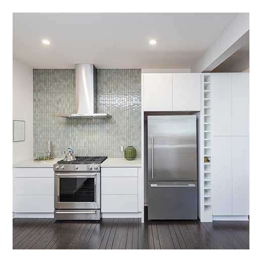 Apartment Kitchens Designs: Things To Stock In Your First Apartment Kitchen